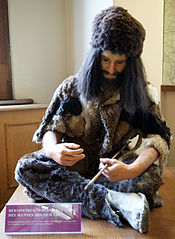 Replicas of Ötzi's clothes